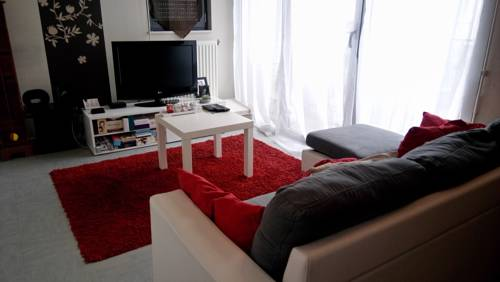 Grand Appartement T2 Gare : Appartement proche d'Allonnes
