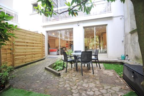 Batignolles Private Garden : Appartement proche de Clichy