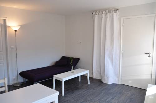 Hotel le coudray r servation h tels le coudray 28630 for Appart hotel chartres