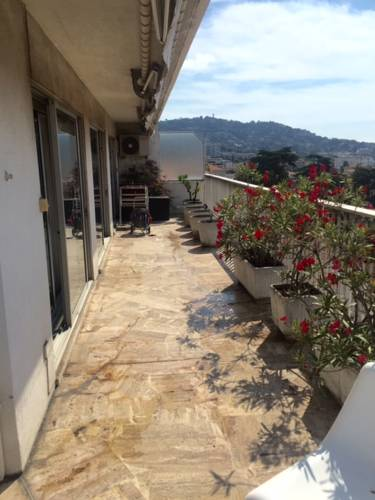 Nice Booking Cannes - CARNOT : Appartement proche de Cannes