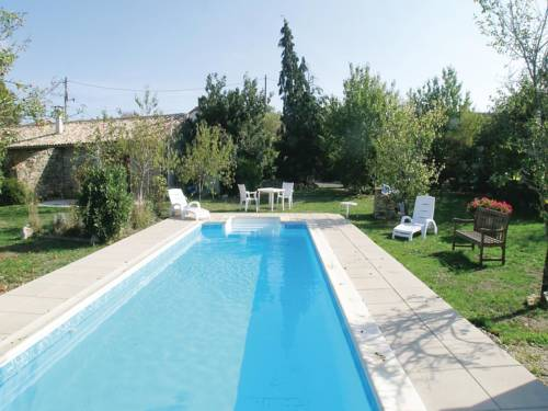 Holiday home Lage H-783 : Hebergement proche de Lusignan