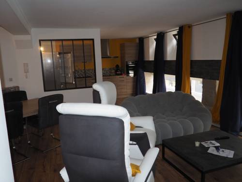 Home Voltaire : Appartement proche d'Angers