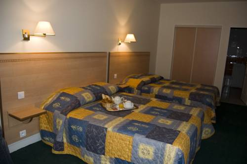 hotel le chesnay r servation h tels le chesnay 78150. Black Bedroom Furniture Sets. Home Design Ideas