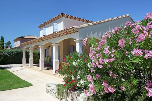 Holiday home Sainte Baume : Hebergement proche de Mazaugues