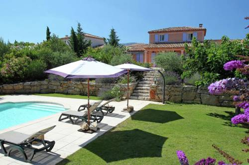 Holiday home Sainte Baume- Pool : Hebergement proche de Saint-Zacharie