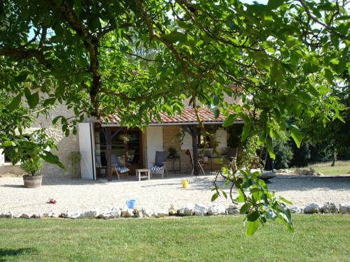 Holiday Home Casticottage : Hebergement proche de Maignaut-Tauzia