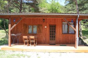 Hebergement Camping Le Champ Long : Chalet