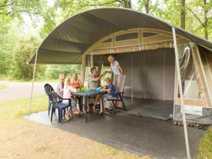 Hebergement Country Camp camping Domaine des Messires : Tente Lodge