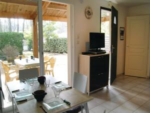 Hebergement Two-Bedroom Holiday Home in Longeville sur Mer : Maison de Vacances 2 Chambres