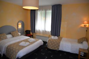 Hotel Auberge Champenoise : Chambre Triple