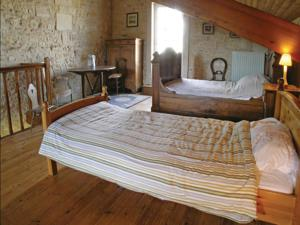 Hebergement Holiday Home St Andre De Lidon Route De Cognac : photos des chambres