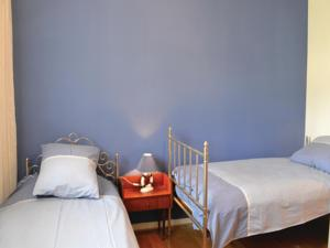 Hebergement Four-Bedroom Holiday home Roquefort les Pins 0 01 : photos des chambres