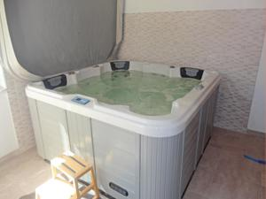 Hebergement Holiday Home Narbonne with a Hot tub 06 : photos des chambres