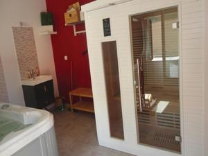 Hebergement Holiday Home Narbonne with a Hot tub 05 : photos des chambres