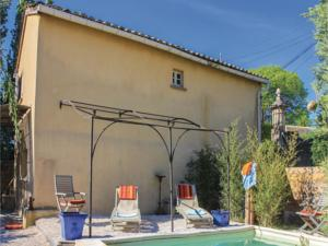 Hebergement Two-Bedroom Holiday Home in Pont Sanit Esprit : Maison de Vacances 2 Chambres