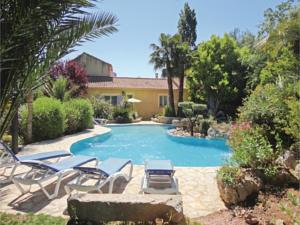 Hebergement Three-Bedroom Holiday Home in Roujan : Maison de Vacances de 3 Chambres