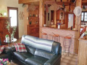 Hebergement Holiday Home Pezilla la Riviere with Fireplace II : photos des chambres