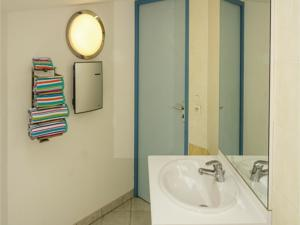 Hebergement Three-Bedroom Holiday Home in Torreilles - Plage : photos des chambres