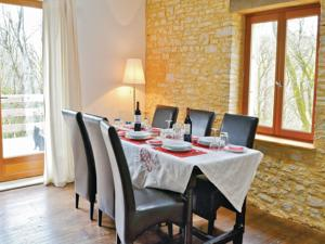 Hebergement Two-Bedroom Holiday Home in Pontcirq : Maison de Vacances 2 Chambres