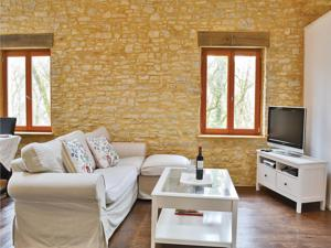 Hebergement Two-Bedroom Holiday Home in Pontcirq : photos des chambres