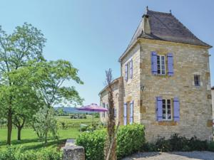 Hebergement Holiday home Puy L´Eveque 12 with Outdoor Swimmingpool : Maison de Vacances de 3 Chambres