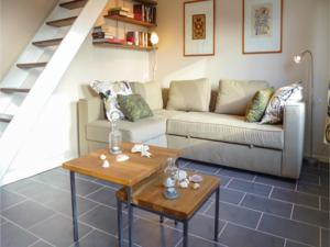 Hebergement Two-Bedroom Holiday Home in Moulines : photos des chambres