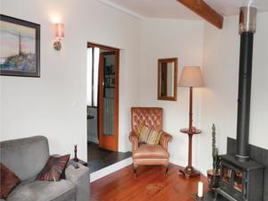 Hebergement Holiday Home Ceauce with Fireplace IX : photos des chambres