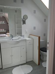 Chambres d'hotes/B&B chambres des rosiers : photos des chambres