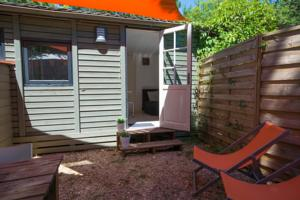 Hebergement Camping Les Cent Chenes : Chalet 2 Chambres