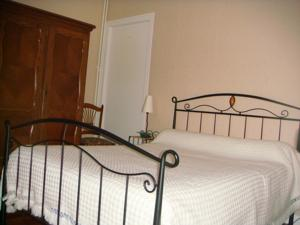 Chambres d'hotes/B&B Chambre d'hotes Mr Mme Charrier : Suite 2 Chambres