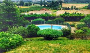 Hebergement Bordeaux Countryside Mountain Villa with big Pool : photos des chambres