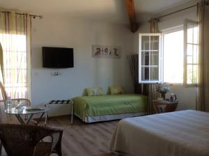 Chambres d'hotes/B&B Chambres d'hotes La Colombiere : Chambre Double