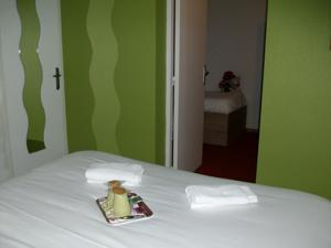 Hotel So'Lodge Niort A83 : Suite Familiale