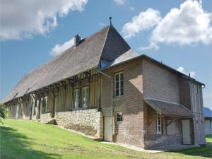Hebergement Three-Bedroom Holiday Home in Gournay-en-Bray : Maison de Vacances de 3 Chambres