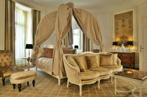 Tiara Chateau Hotel Mont Royal Chantilly : Suite Royale