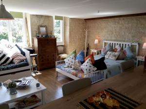 Appartement At the heart of the OVERLORD's beachs : Appartement