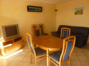 Logis Hotel Beausejour : Appartement 3 Chambres