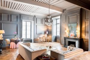 Chambres d'hotes/B&B Chateau de Pierreclos :  Suite The Counts