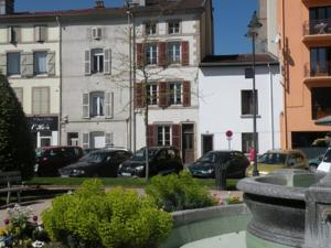 Appartement Sweethome-Epinal : Appartement avec Terrasse
