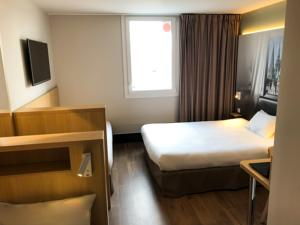 B&B Hotel CHARTRES Oceane : photos des chambres