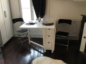 Appartement Le ROMANTIC : photos des chambres