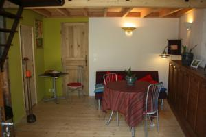 Appartement Ti Karloon : photos des chambres