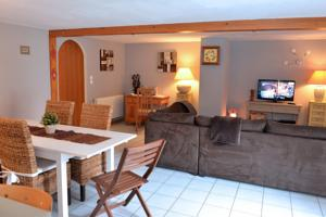 Appartement Edelweiss : photos des chambres