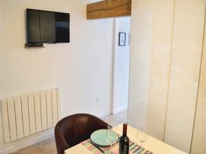 Hebergement One-Bedroom Holiday Home in Ligny-sur-Canche : Maison de Vacances 1 Chambre