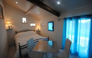 Chambres d'hotes/B&B Le pigeonnier : Chambre Double Standard