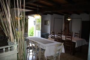 Chambres d'hotes/B&B Chambres d'Hotes - Les Bujours : Chambre Triple
