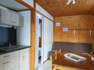 Hebergement Camping les Auches : Chalet 2 Chambres