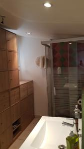 Appartement Boost Your Immo Six Fours les Playes 3 : photos des chambres