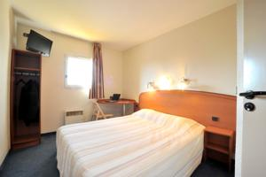 Hotel & Residence Sarcelles : Chambre Double
