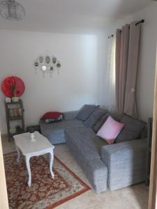 charmant appartement Saint Gely : photos des chambres